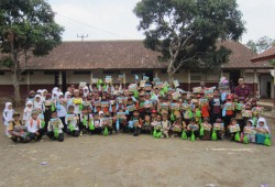 Education on Schooling (EOS) SDN 02 Bangbayang – Majalengka